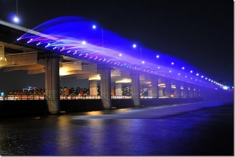 мост Бампо через реку Ханган