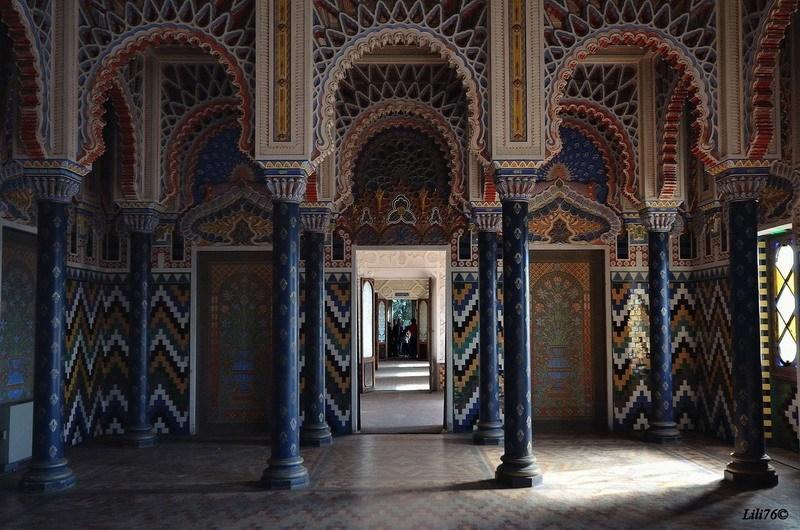 анфилада залов в тосканском замке Саммеццано
