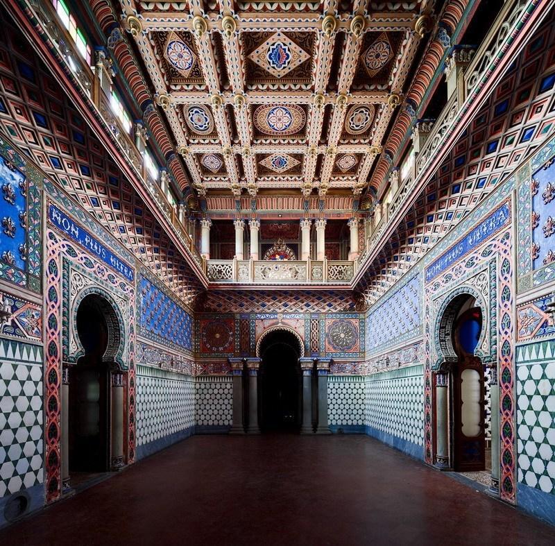 один из залов замка Саммеццано
