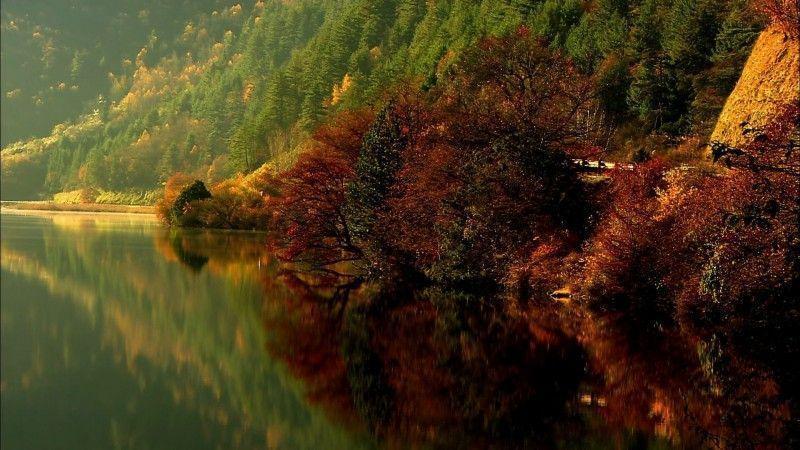 долина Цзючжайгоу-озеро