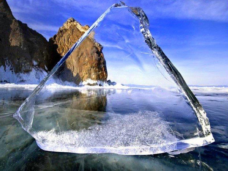 прозрачный лед Байкала фото