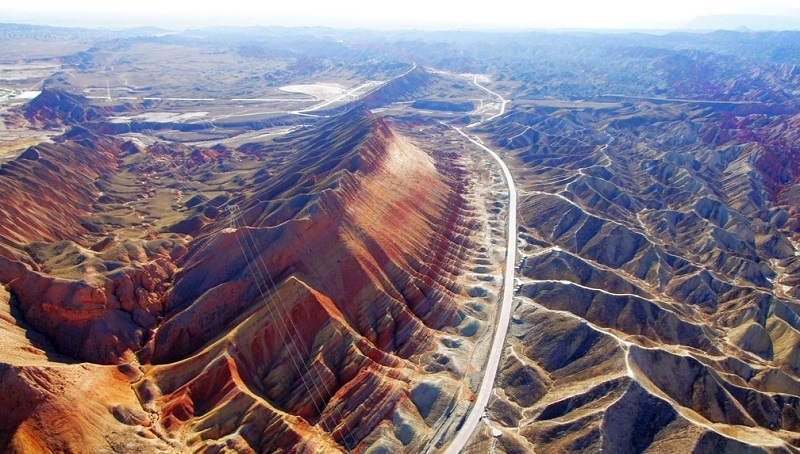 скалы Чжанъе Данься, вид с высоты