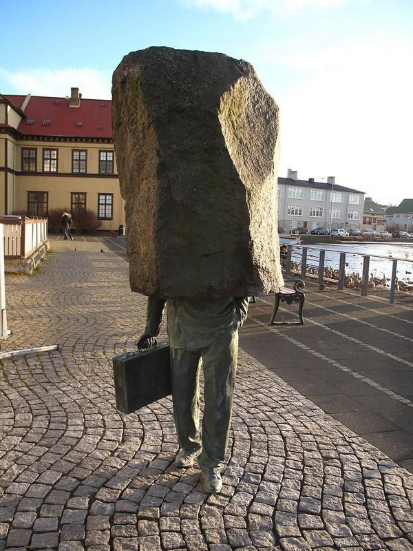 neobychnue-skulptury-8