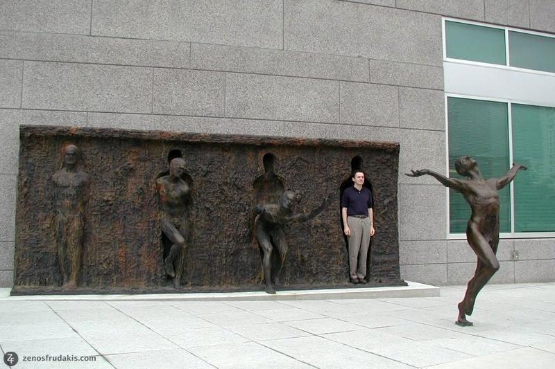 neobychnue-skulptury