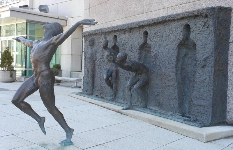 freedom-neobychnue-skulptury