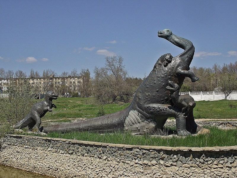 бронтозавр  Саки фото