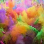 На фото — фестиваль красок, Стамбул