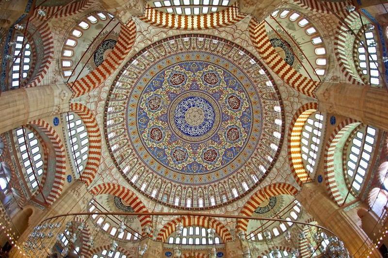 рукотворная красота-потолки мечетей-фото20