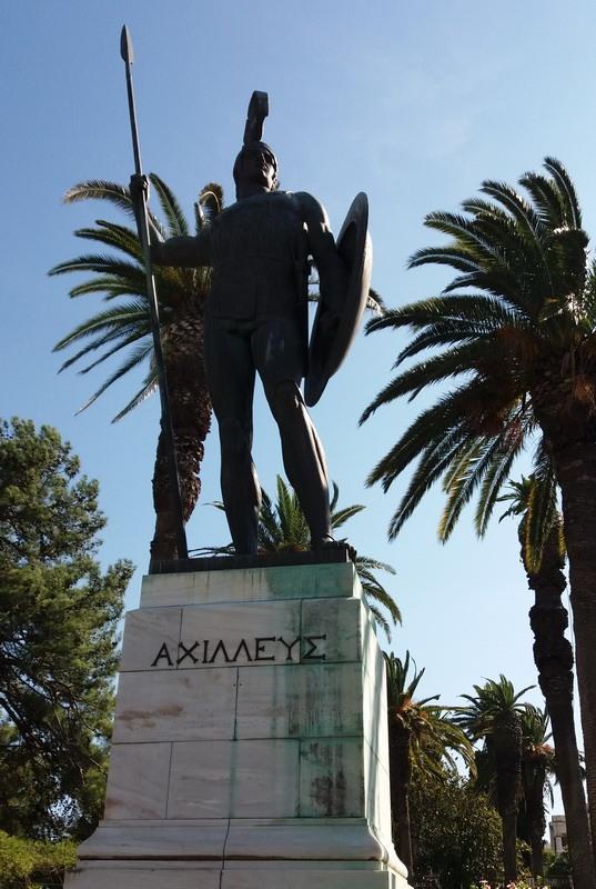 фото-памятник Ахиллесу