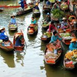 Рынок на воде в Таиланде
